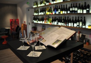 Mr-and-Mrs-Wine-Shop-0029